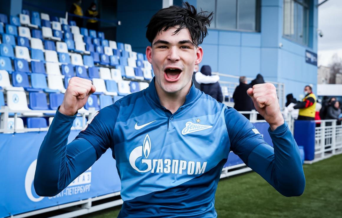 Саба Сазонов: «Праздновали гол столь эмоционально, будто Лигу чемпионов выиграли»